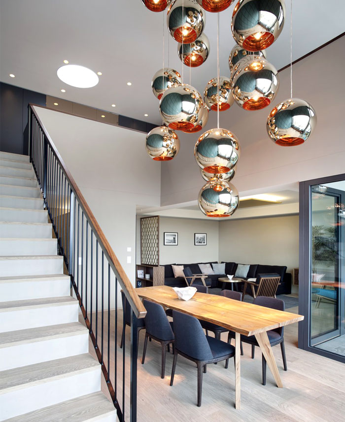 luxurious-penthouse-gorgeous-brass-lightning-installation