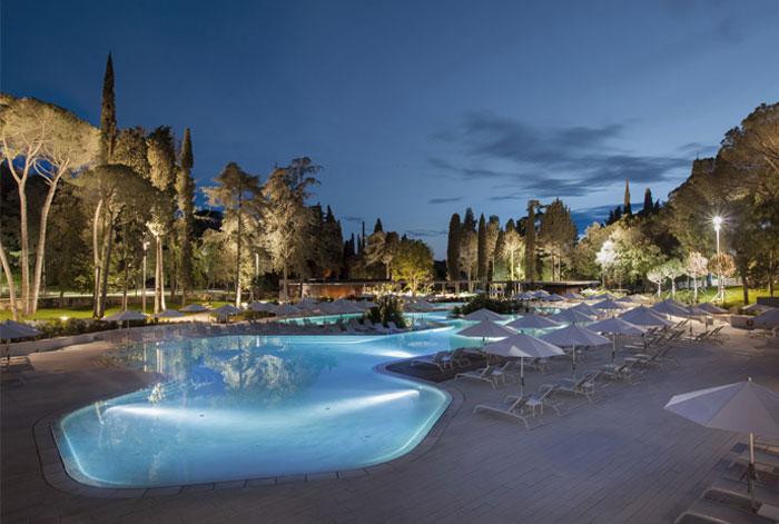 swimming-pool-facilities