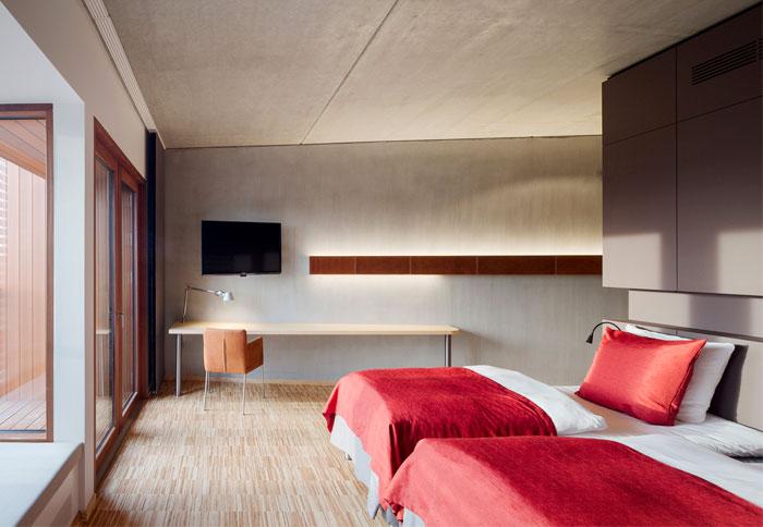bedroom-interior-ecco-hotel