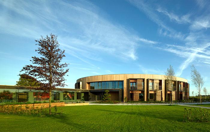 green-innovative-building