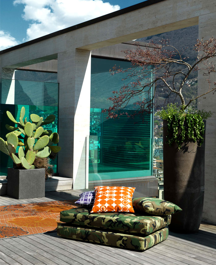 lomocubes-sophisticated-outdoor-environment-1