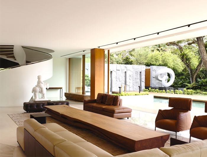 spaces-transit-seamlessly-out-into-garden