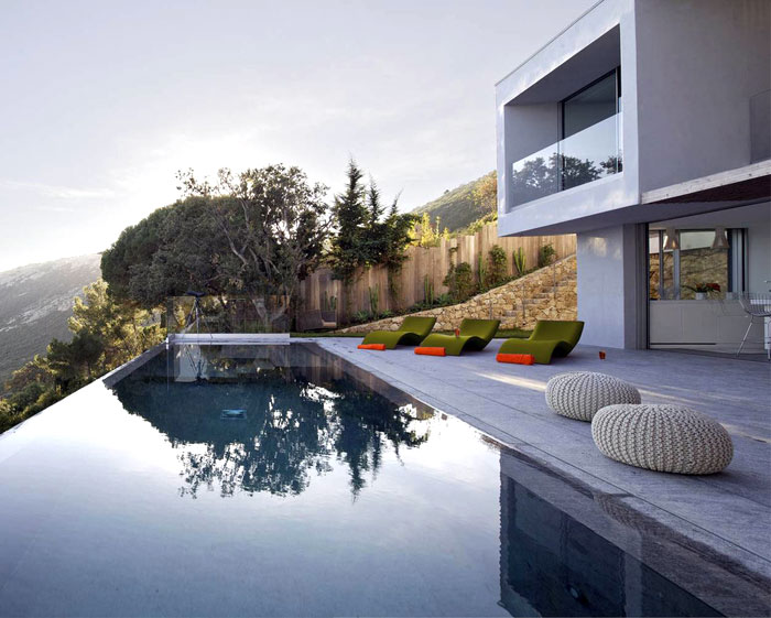 Private Mediterranean Style Retreat In Saint Tropez