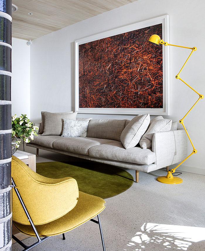 brick-house-living-room