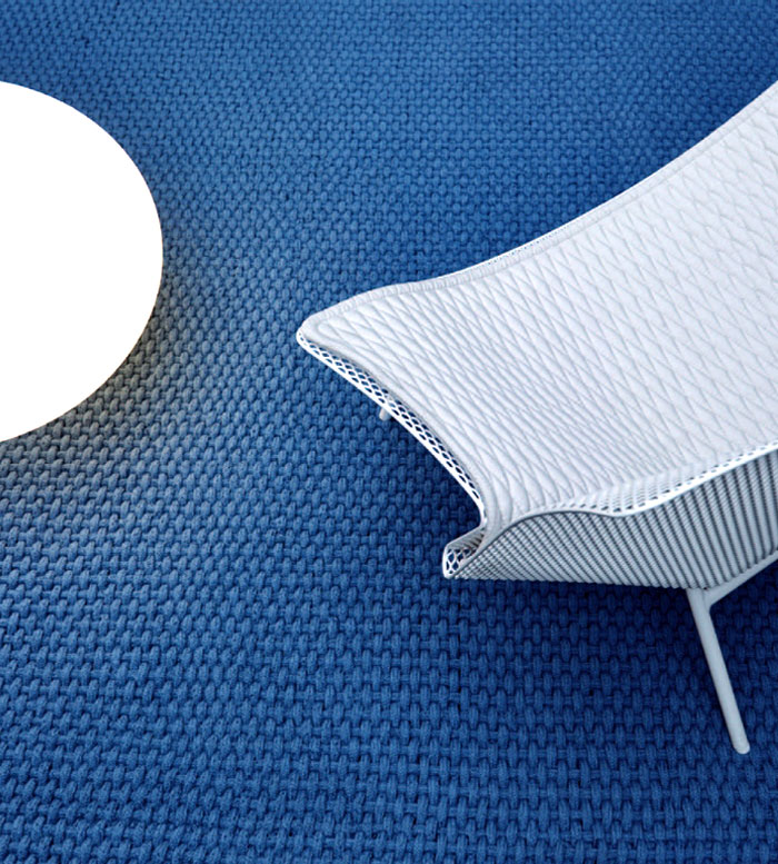 metal-outdoor-armchair