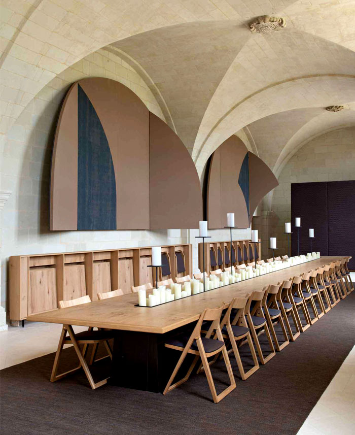beautiful-long-table-former-refectory
