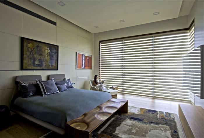 bedroom-artwork-rugs-tapestries-mosaics-applications
