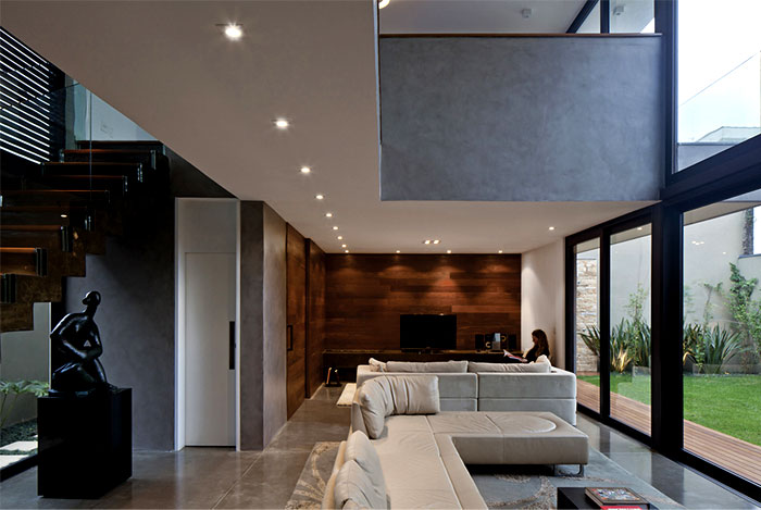 clear-space-architectural-ambience