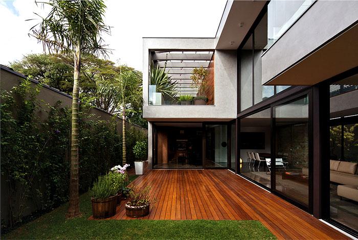 modern-luxury-house