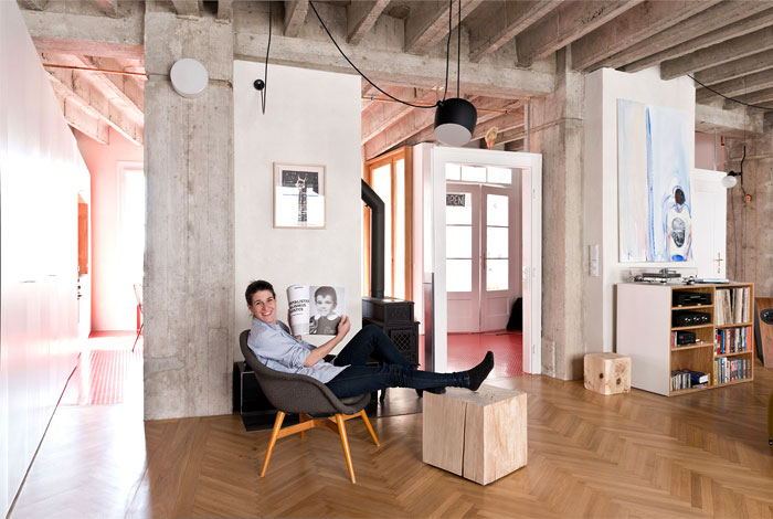 bratislava-loft-like-space-living-room