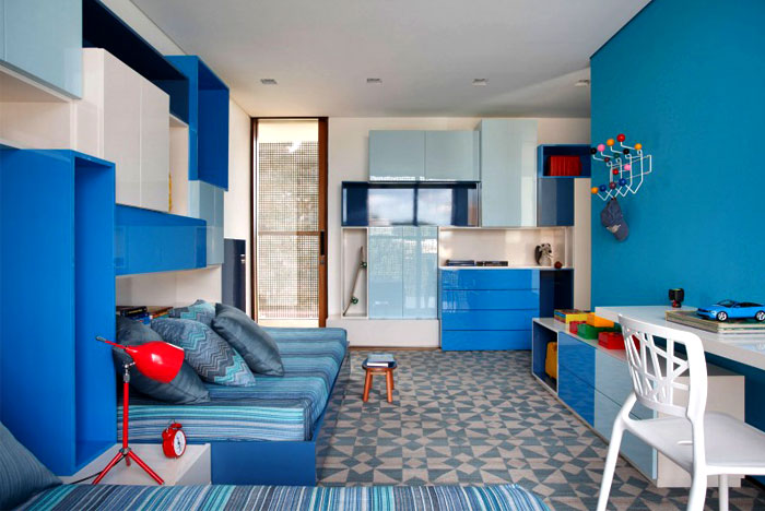 bright-blue-color-bedroom