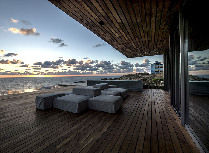 intriguing-contemporary-design-lebanon-villa
