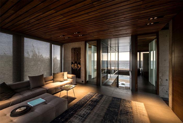 lebanon-villa-wooden-decking