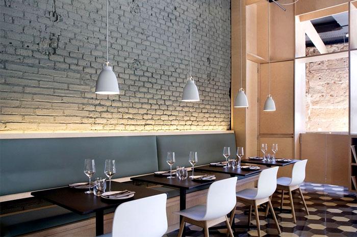 Chic Barcelona Restaurant By Adam Bresnick Architects