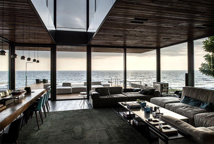 steel-structure-wooden-decking-living-room-decor