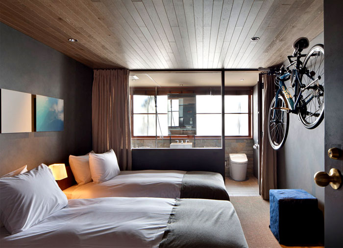 Industrial style hotel cycle in japan interiorzine for Design hotel japan