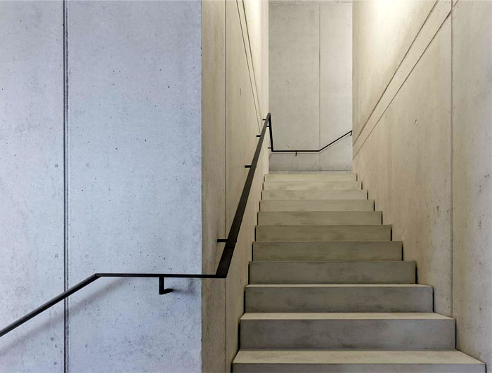 concrete-walls-staircase