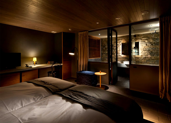 eco-friendly-hotel-bedroom