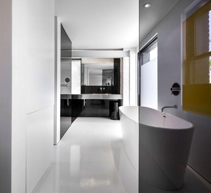 elegant-white-bathroom