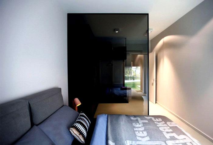 pure-white-interior-bedroom-1