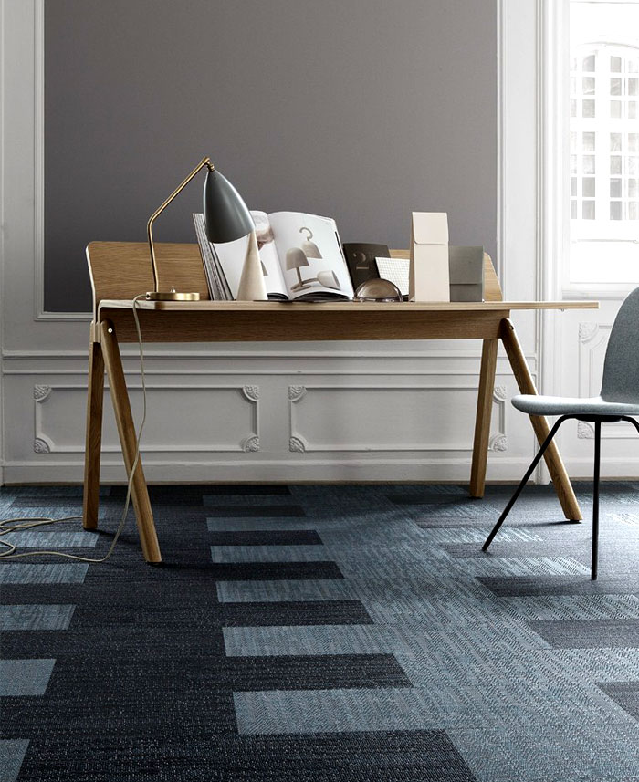 Carpet trends 2015 colors forms materials and innovations interiorzine - Concrete effect tafel ...