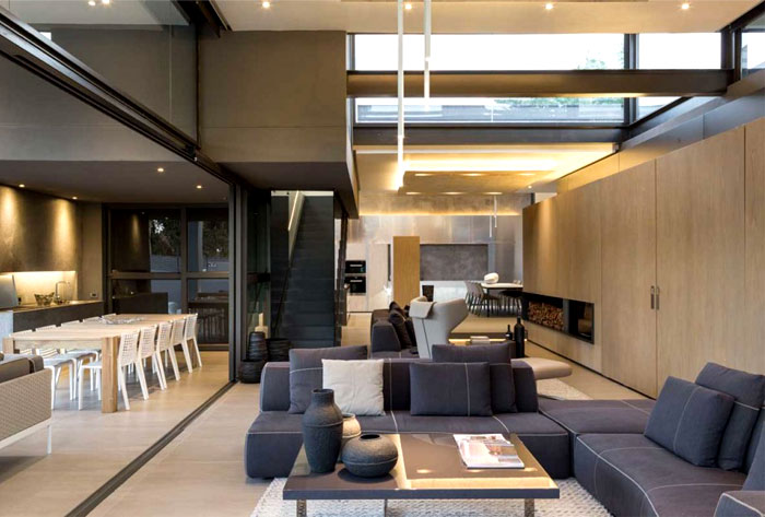 Villa De Luxe Plan : Modern home that emanates luxury and functionality