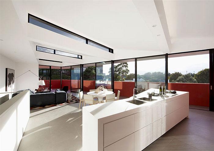 creative-living- space-balcony-marsala-color