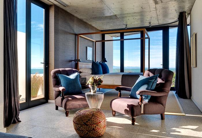 holiday-house-cozy-interior