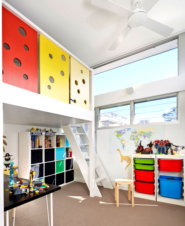 intense-color-elements-kids-room
