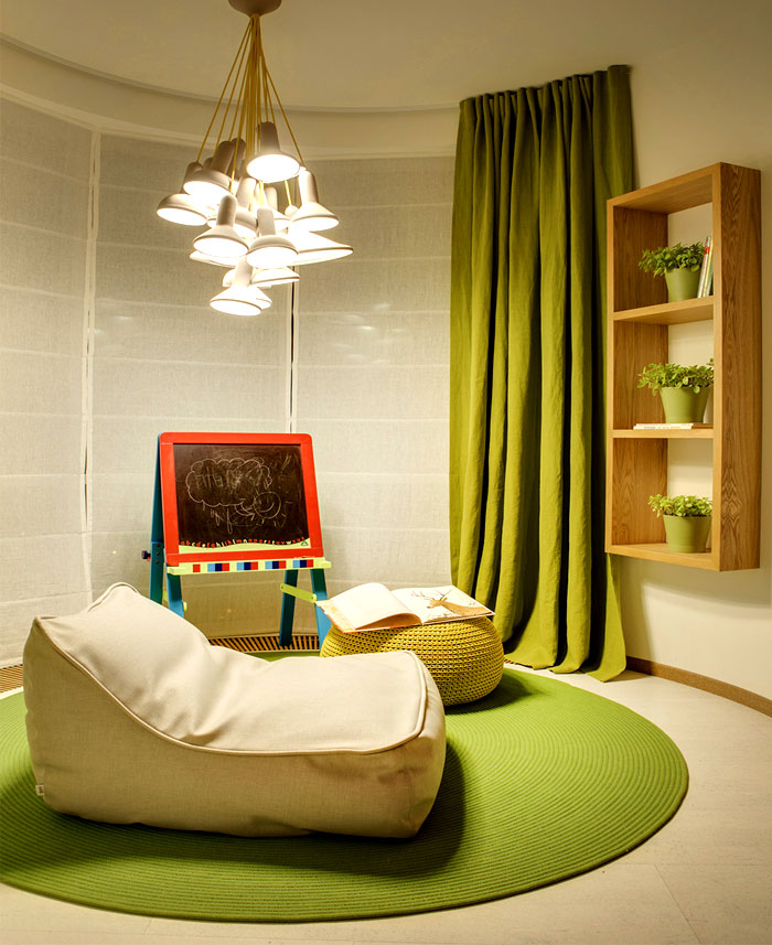 moscow-apartment-young-family-kids-bedroom