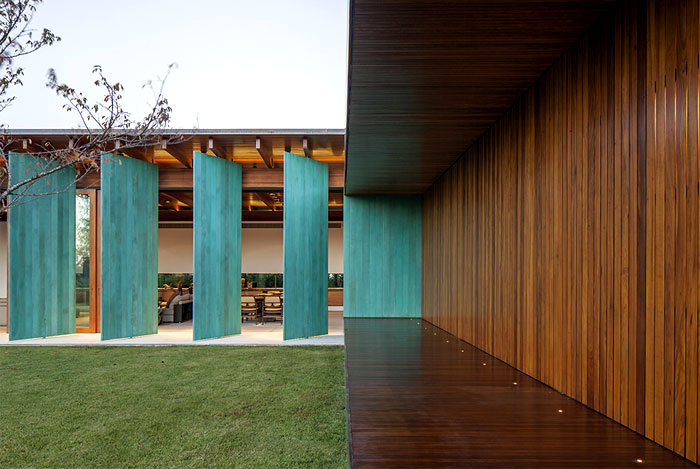 wood-cladding-beams
