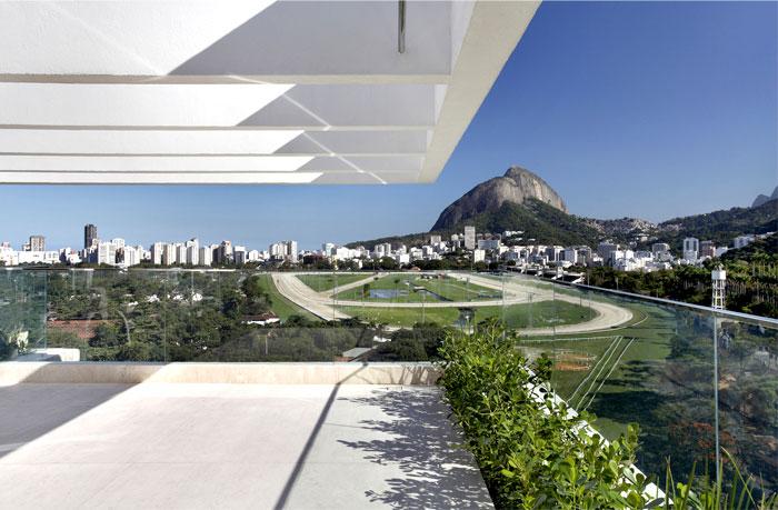 brazilian-penthouse-garden