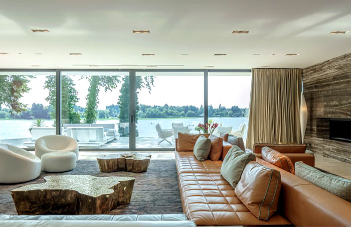 comfortable-calm-atmosphere-living-room