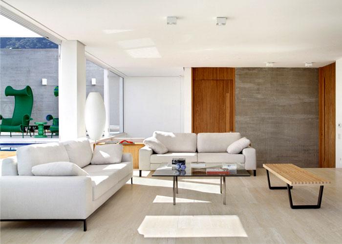 marble-mahogany-boards-living-room