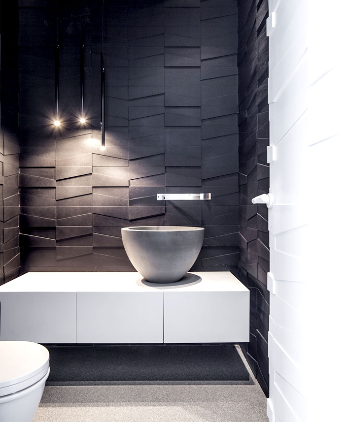 white-monochromatic-bathroom