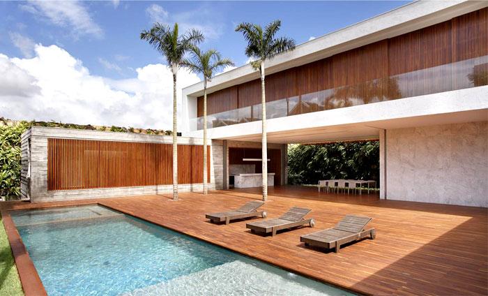 an-house-pool-area