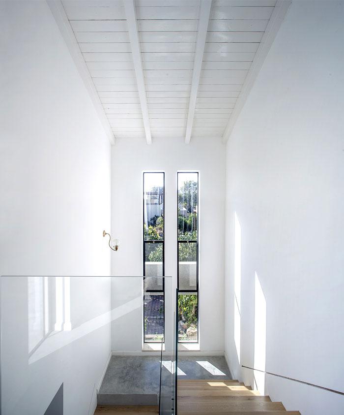modern-semi-detached-house-4