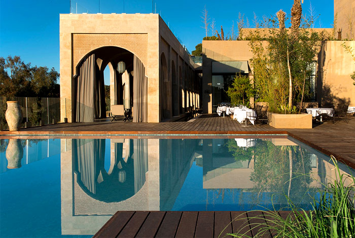 sophisticated-luxury-sahrai-hotel-3