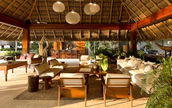 vacation-villa-completely-open-to-the-mexican-pacific-bay-BIG-1
