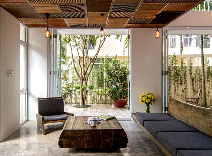 massive-wood-furniture
