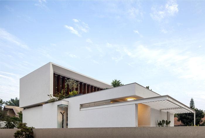 mediterranean-style-villa-1