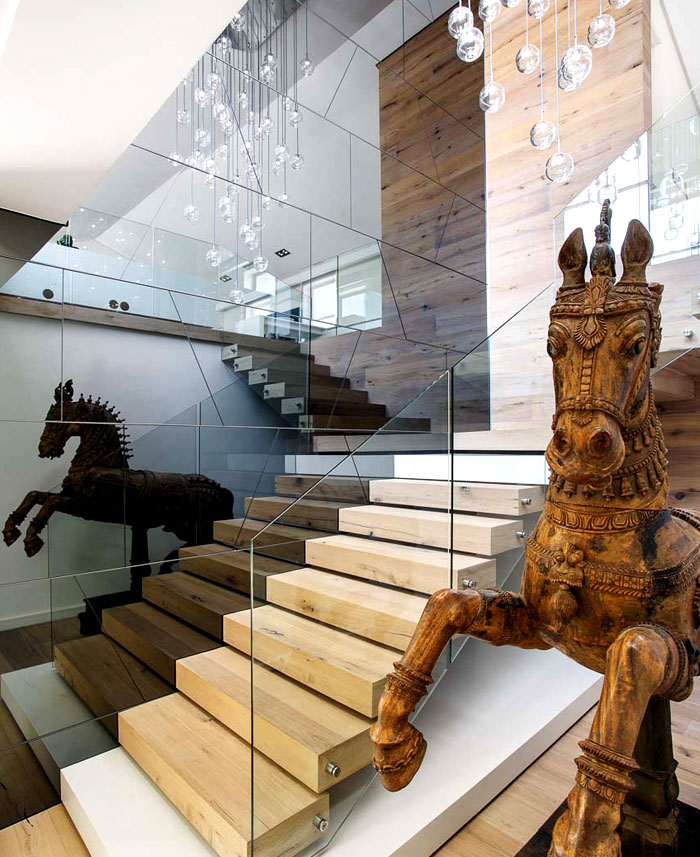 staircase-artistic-elements-combined-trendy-designer-pieces