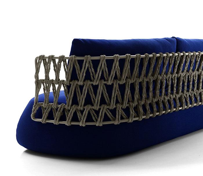 large-weave-pattern