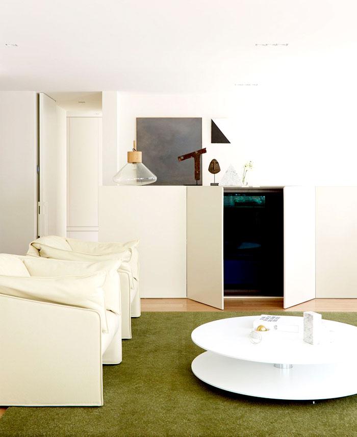 ostentatious-color-palette-interior