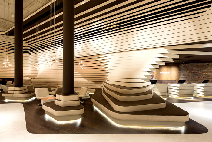 reception-corner-dynamic-visual-expression-1