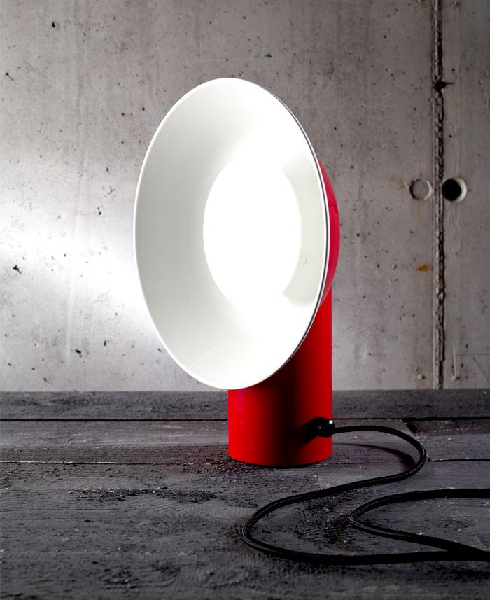 reverb-table-lamp-3