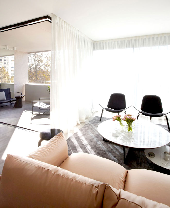 Smart Design Studio with Apartment for Easy Going Living ...