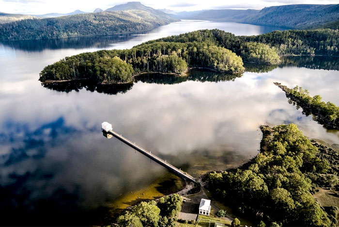 amazing-location-unusual-guesthouse-pumphouse-point