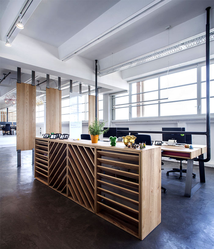 Dynamic Urban Office By Studio Roy David Interiorzine