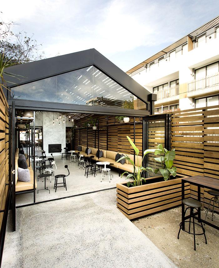 elegant-architectural-construct-restaurant